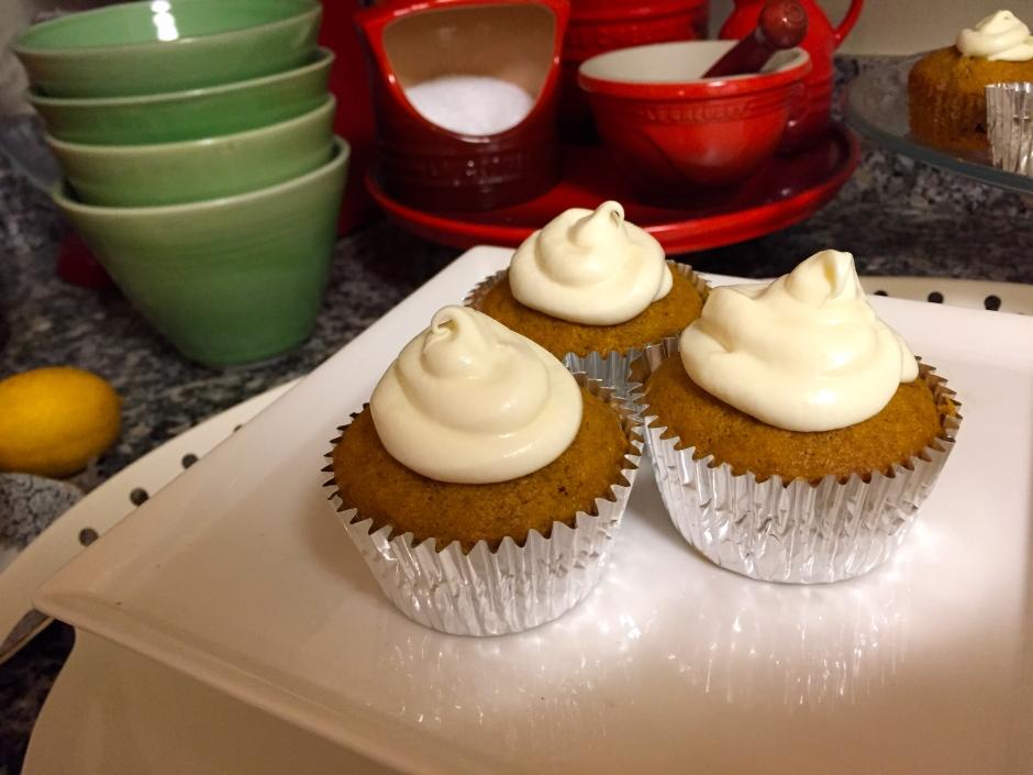 Pumpkin Pie-Filled Pumpkin Spiced Cupcakes